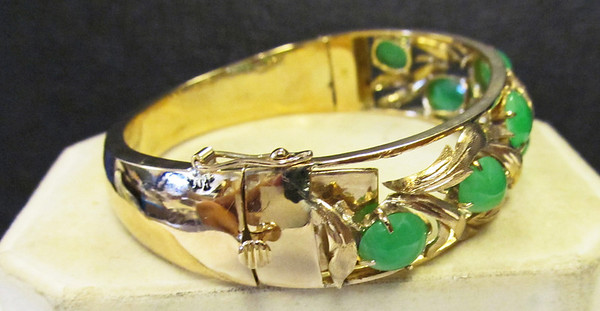 Jade Bracelet Ornate Gold Work